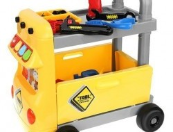 Detský vozík s náradím pre chlapcov