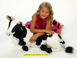 Plyšová krava ležiaca, dĺžky 87 cm