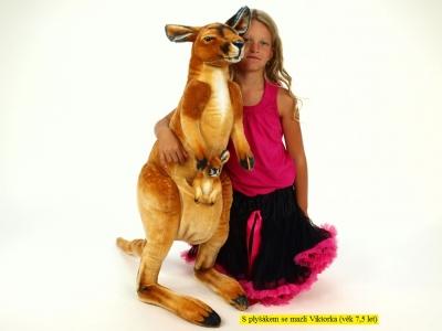 Plyšový klokan s mláďaťom, výšky 98 cm